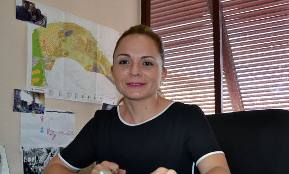 """Loreto Cascales: """"Nos estamos jugando nuestro futuro y el de nuestros hijos"""""""